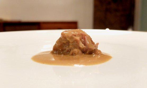 Salsa del pollo di Bresse con la sua coscia, «è la ricetta classica di Georges Blanc». Ovviamente molto buona