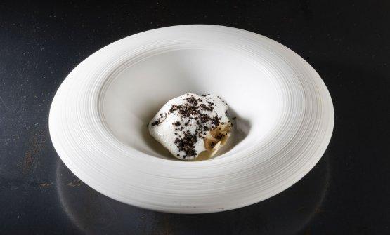 Ravioli al foie gras d'anatra, crema all'emulsione di tartufo