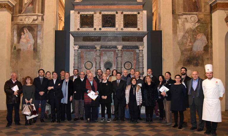 La squadra di Ambasciatori, esperti del Comitato Food capitanati daPaolo Marchied esperti locali che innervano il progetto diEastLombardy, ossia la Lombardia OrientaleRegione Europea della Gastronomia 2017