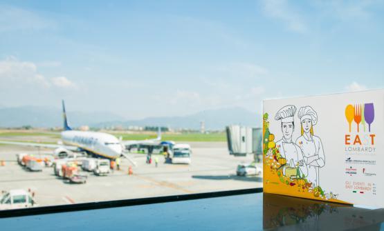 East Lombardy a Orio al Serio:i passeggeri in transito oltre a poter acquistare la selezione di prodotti della Lombardia Orientale potranno gustare un piatto d'autorefirmato ogni mese da un grande cuoco (FotoSonia Santagostino)
