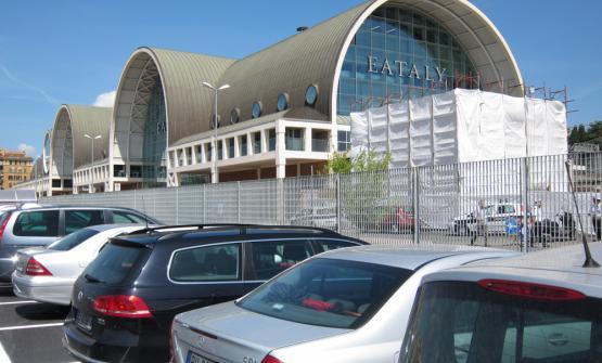 L'esterno di Eataly Roma, che prevede 557 assunti.