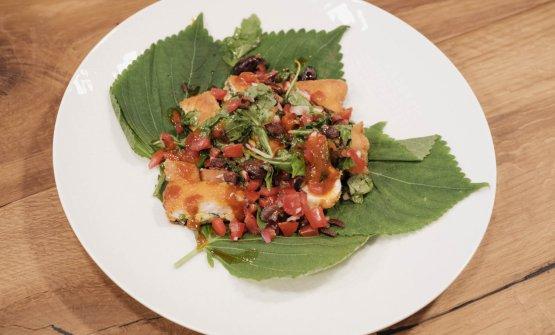 Petto di pollo ripieno di kinchi vegetale, spinaci e ricotta in salsa mediterranea,Mauro Sau