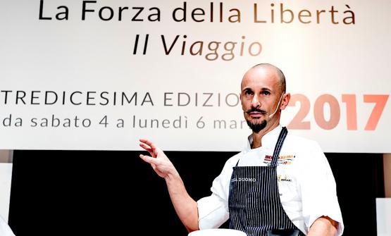 Enrico Crippa sul palco di Identità Golose 2017 a