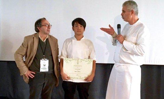 Ueda Satorutra Gabriele Eschenazi e Pietro Leemann, organizzatori della kermesse