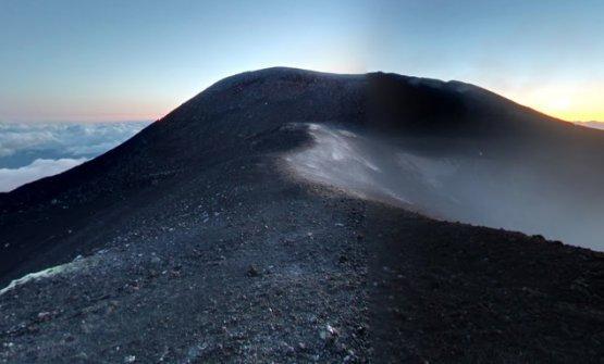 Un'altra suggestiva immagine dell'Etna
