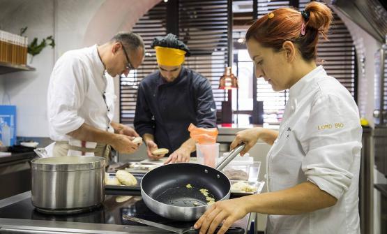 Sono dieci i finalisti del Premio Birra Moretti Grand Cru e i loro piatti (sopra, Federica Scolta). A questo link è possibile votare le ricette, fino al 14 ottobre