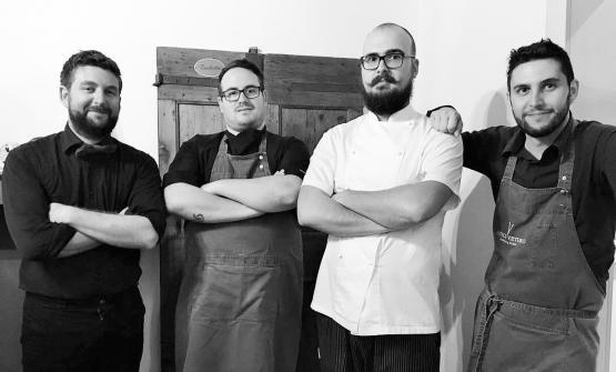 Da sinistra a destra, Federico Pojana,Andrea Nardin,Riccardo Furlane Filippo Pojana, il quartetto dietro all'Osteria V dell'Antico VeturodiTrebaseleghe (Padova), telefono+39.049.9387583