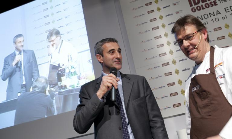 �Riccardo Felicetti sul palco di Identit� di Pasta (foto Michele Bella)