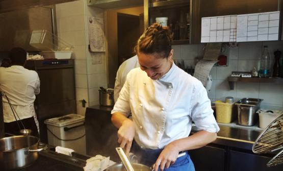 Sono dieci i finalisti del Premio Birra Moretti Grand Cru e i loro piatti (sopra, Giulia Ferrara). A questo link è possibile votare le ricette, fino al 14 ottobre