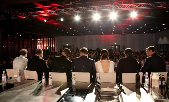 Molto pubblico in auditorium per l'incontro dedicato all'accoglienza