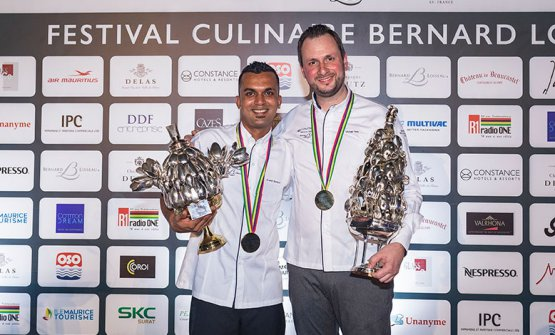 La coppia vincitrice:Arshil SoopundiConstance Ephelia SeychelleseMichael Reisdel ristoranteJohannsdi Waldkirchen, in Germania