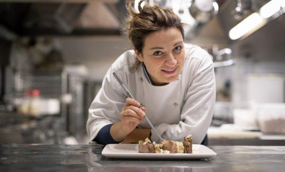 La chef nella sua cucina del Marchese del Grillo
