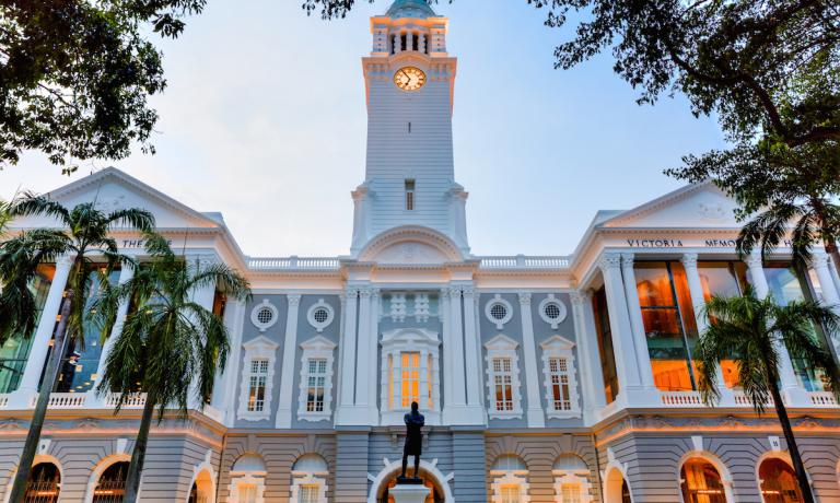Il Victoria Theatre & Concert Hall che a Singapore ospita Foo'd, il ristorante di Davide Oldani nella città-stato asiatica