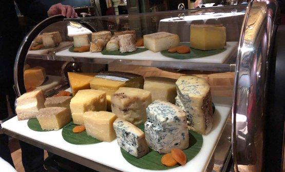 Il carrello dei formaggi a Villa Crespi