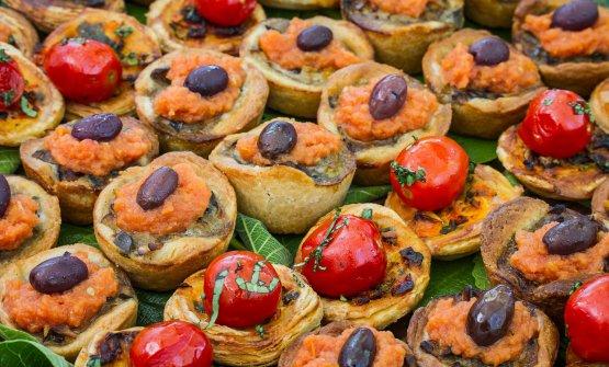 Alcune delle delizie preparate dalFornet de la Soca, che recupera antiche ricette di Maiorca. Il locale è una delle tappe imprescindibili per un giro goloso dell'isola. Paola Pellai ci racconta cosa davvero non si può perdere