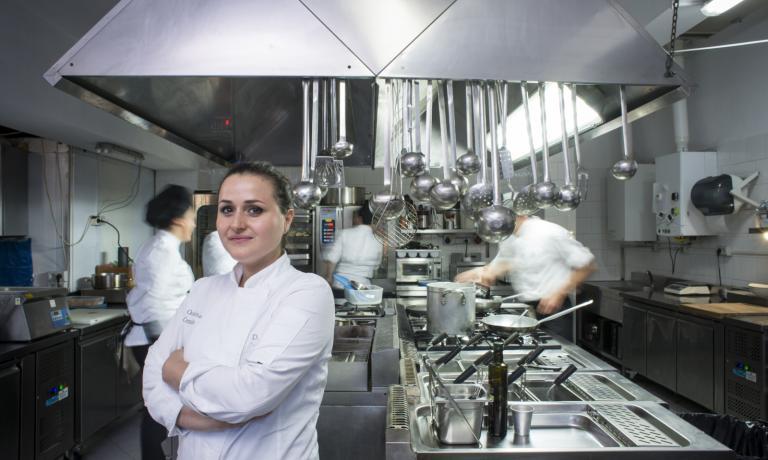 Caterina Ceraudo nella sua cucina