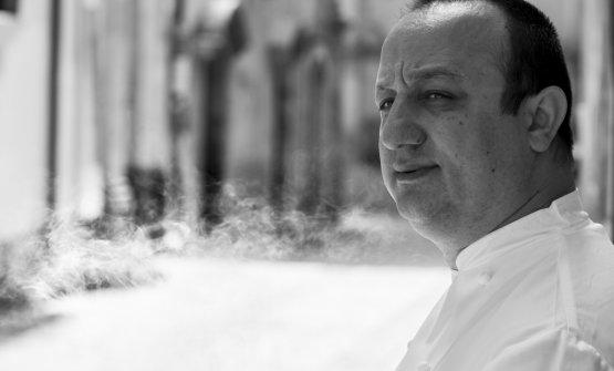 Ciccio Sultano, una delle grandi firme della cucina d'autore in Sicilia. Lo si trova al Duomo di Ragusa Ibla