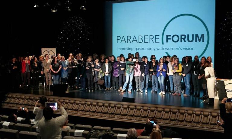 Si è tenuto a Bilbao, domenica e lunedì scorsi, il Parabere Forum, voluto da Maria Canabal per riunire e mettere in rete la presenza femminile nel mondo dell'alimentazione. Folta la delegazione italiana: c'era anche Cristina Bowerman del Glass Hostaria di Roma, cui abbiamo chiesto di scrivere le sue impressioni