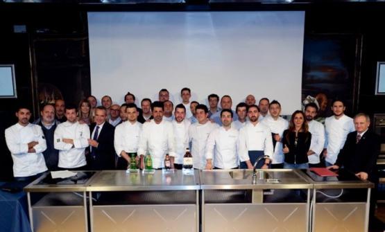 Foto di gruppo al termine della finale del Premio