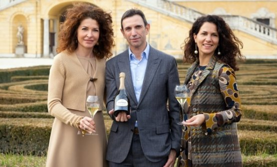 Da sinistra:Francesca Terragni (Direttore marketing generale di Moët Hennessy Italia), Frédéric Panaïotis, Silvia Rossetto (Senior brand manager Ruinart Italia)