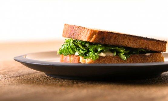 Toast cime di rapa e gorgonzola (foto di Francesco Fioramonti)