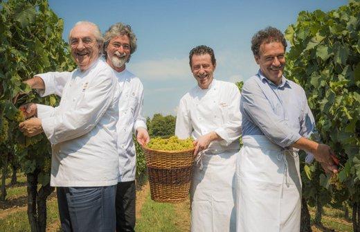 I cuochi Gualtiero Marchesi, Vittorio Fusari, Stefano Cerveni e Maurizio Rossi in una foto di 6 anni fa (Fabio Cattabiani)