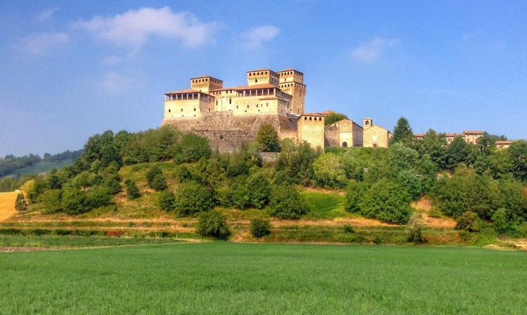 Il Castello di Torrechiara si trova a pochi minuti