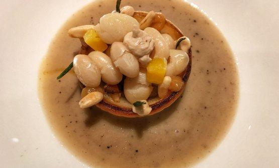 Il nostro piatto preferito del nuovo menu Viviana: Fagiolo -Zuppetta di fagiolo di Pigna, crema di pinolo, cipolla di Giarratana e crema di miso