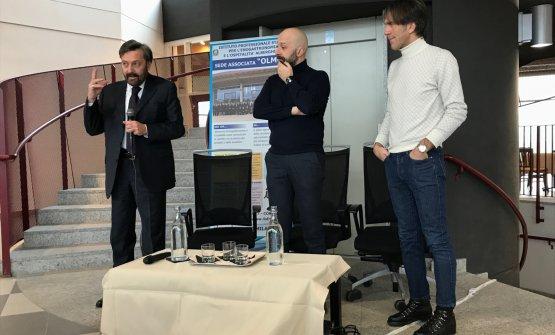 Da sinistra: il Preside dell'Istituto Olmo Luca Azzolini, Niko Romito e Davide Oldani