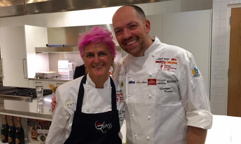 I protagonisti dell'ultima lezione di Chicago: Cristina Bowerman di Glass Hostaria a Roma e Giuseppe Tentori, chef milanese di stanza a Chicago da oltre 20 anni, tra le altre cose chef di GT Fish & Oyster, ristorante di pesce a 4 isolati da Eataly Chicago