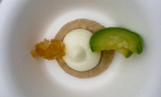 Crema di grano duro e di formaggio con zucchino cotto lentamente in forno, uno degli assaggi della colazione di Corrado Assenza