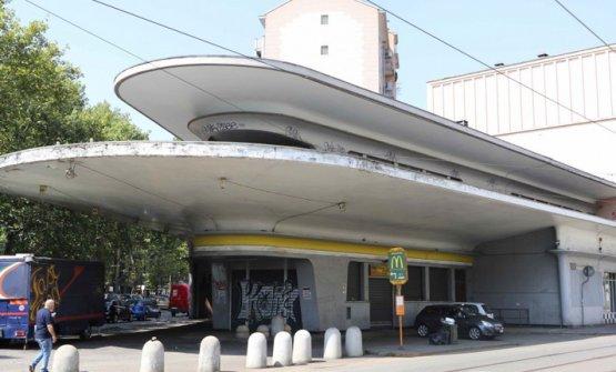 Il 7 novembre via al garage italia di carlo cracco e lapo elkann - Garage italia ristorante milano ...