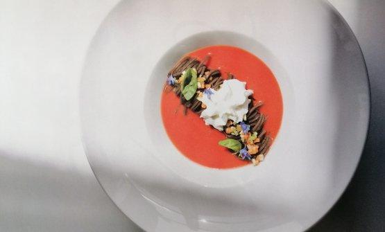 Gazpacho di pomodoro, fettuccine di grano saraceno