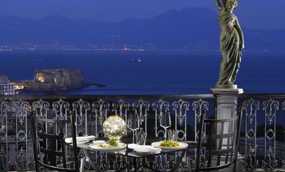 La terrazza del ristorante George, all'interno del Grand Hotel Parker's