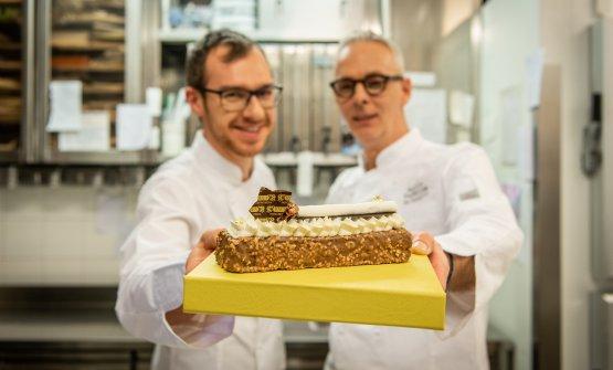 Andrea Marchettie Gianni Zaghetto con la torta L