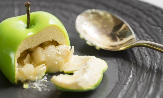 Granny Smith: mela di formaggio dolce, cuore di mela croccante e il suo succo