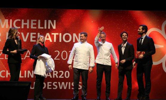 Al centro, Chicco Cerea con Paolo Rota, chef del Da Vittorio a St.Moritz, nuovo due stelle