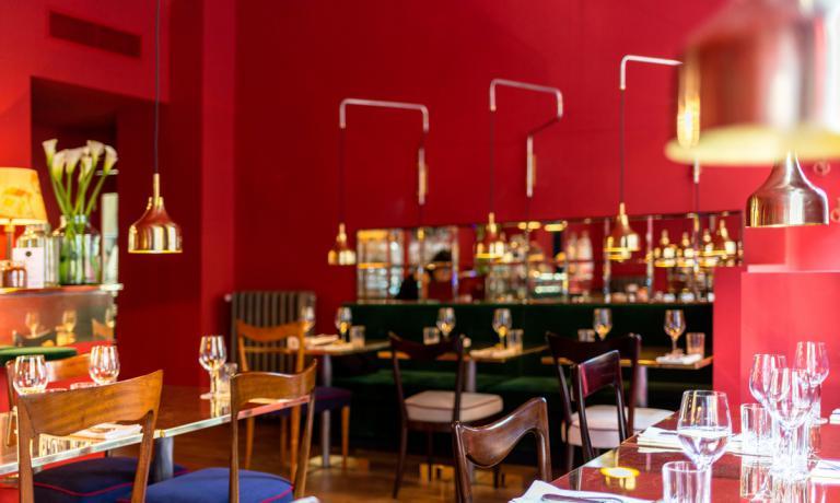 La sala del ristorante: il design è stato curato da Luisa Vanzo e Luca Vitali