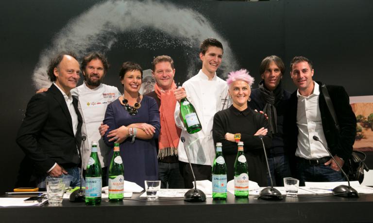 Il finalista italiano al S.Pellegrino Young Chef 2015: Paolo Griffa con la giuria italiana