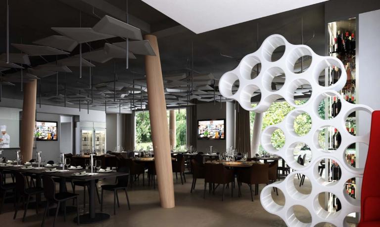 Il primo piano del ristorante Identità Expo S.Pel