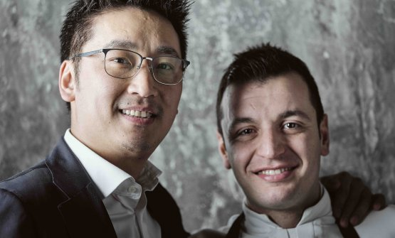 Il patron Claudio Liu con lo chef Michele Biassoni