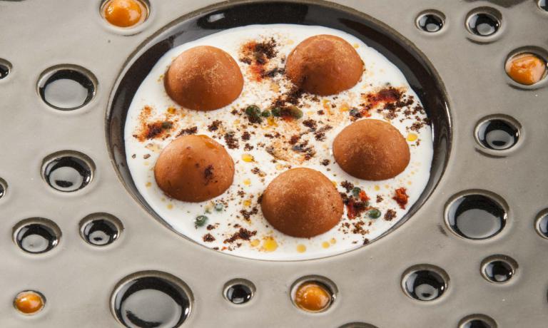 """L'altro piatto, più """"normale"""", presentato dalla Bowerman: gnocchi di pasta secca. Una maniera diversa di guardare la pasta, ma cotta normalmente e poi usata per farne gnocchi"""