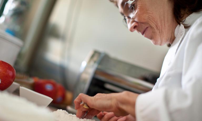 Marta Grassi sarà la penultima protagonista di Italian Contemporary Chefs a Identità Expo S.Pellegrino. Cucinerà lunedì 19 e sabato 20 ottobre, a cena.È possibile prenotare (il costo è di 75 euro per quattro portate vini compresi) mandando una mail al seguente indirizzo: expo@magentabureau.it. Tel: +39.02.62012701
