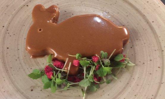 Terrina di coniglio, fegato, foie gras e ribes nero