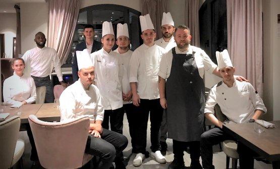 Lo staff del Filo, ristorante del Filario Resort s