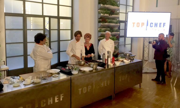 La presentazione (con cooking show) di Top Chef a Milano, «è la produzione più ambiziosa della storia di Nove - è stato detto - Un motivo di orgoglio. sarà una trasmissione popolare, ma di qualità»