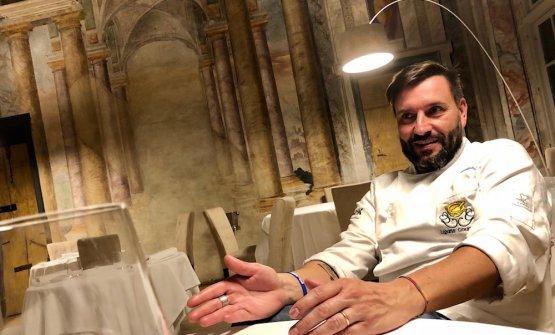 Ivano Ricchebono, classe 1972, dopo un breve esilio ad Arenzano, è tornato nella sua Genova, aprendo con i nuovi soci e colleghi Marco Primiceri e Lucia De Prai, il ristoranteThe Cook al Cavo