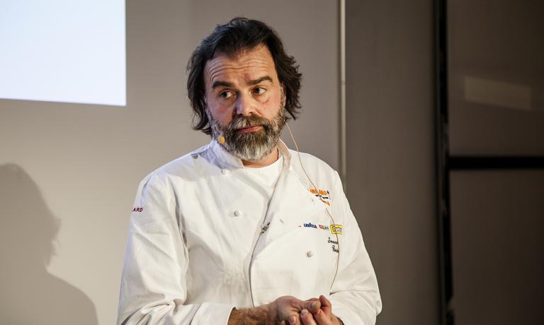 Simone Bonini, mastro gelatiere fiorentino, ha posto l'accento sull'assenza di regole