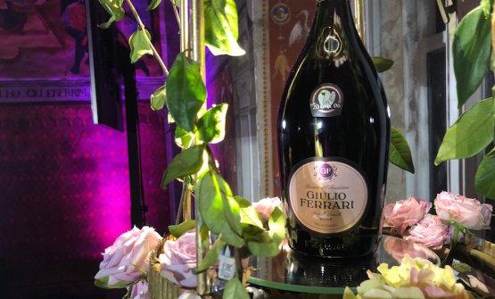 L'etichetta frutto della prima vendemmia (2006) di Giulio Ferrari Rosè, 80 pinot nero e 20 chardonnay, 10 anni sui lieviti