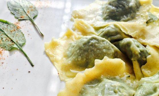 I Tortelli amari diAlessandra Viola, dell'Hostaria Viola di Castiglione delle Stiviere, saranno il piatto del mese di ottobre per East Lombardy. La chef ci spiega le ragioni della scelta